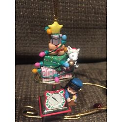 Kyпить ENESCO CHRISTMAS ORNAMENT: MEMBERS ONLY FIRST CLASS CHRISTMAS MOUSE on MAILSCALE на еВаy.соm