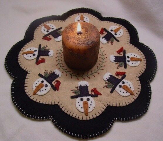 PATTERN Penny Rug Candle Mat PATTERN WinTeR FriEnDs