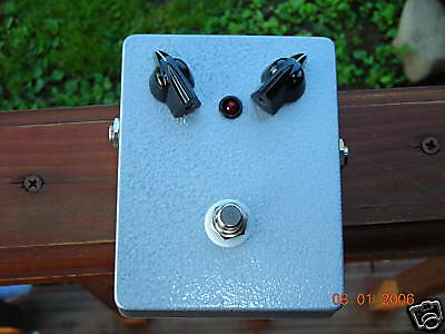 build your own silicon fuzz face pedal diy box kit ebay. Black Bedroom Furniture Sets. Home Design Ideas
