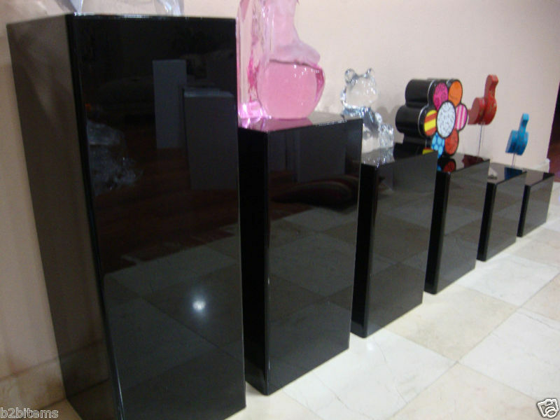 acrylic pedestal display stands 2