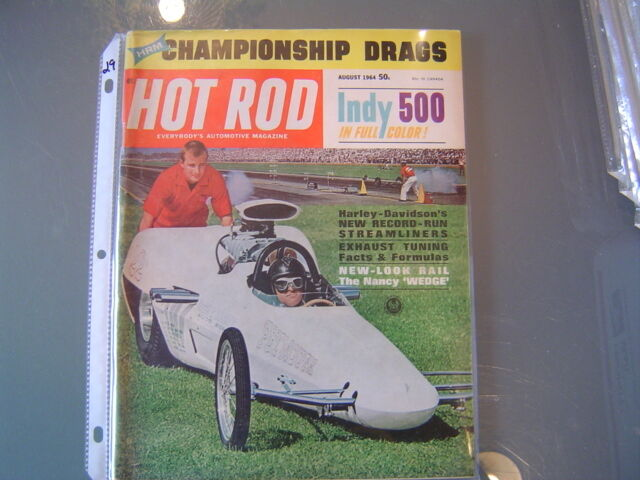 HOT ROD MAGAZINE August 2017 THE NEW FACE OF MUSCLE CARS Challenger T/A Return