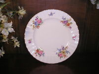 Royal Worcester  ROANOKE SALAD/DESSERT PLATES 20.5cm