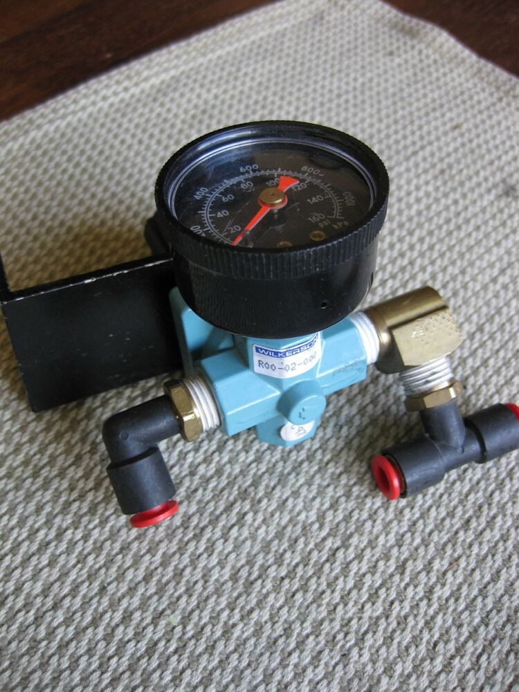 Wilkerson R00 02 000 Air Regulator Valve 160psi 1100kpa