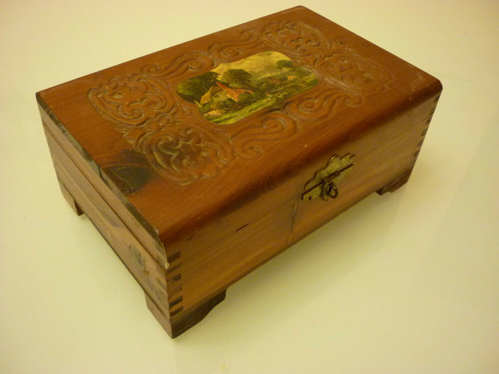 Vintage solid wood trinket jewelry box ornate dove for Solid wood jewelry chest