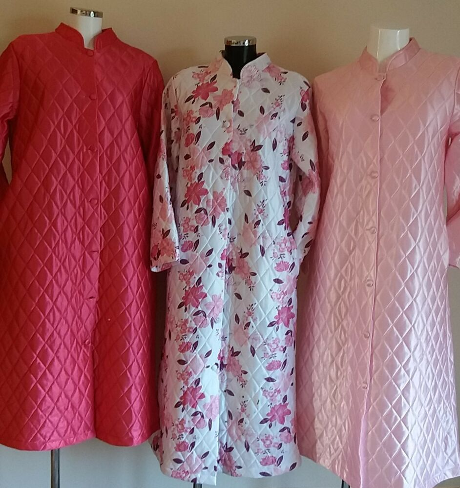 Ladies Dressing Gowns: LADIES TRADITIONAL QUILTED BUTTON THROUGH LONG SLEEVE