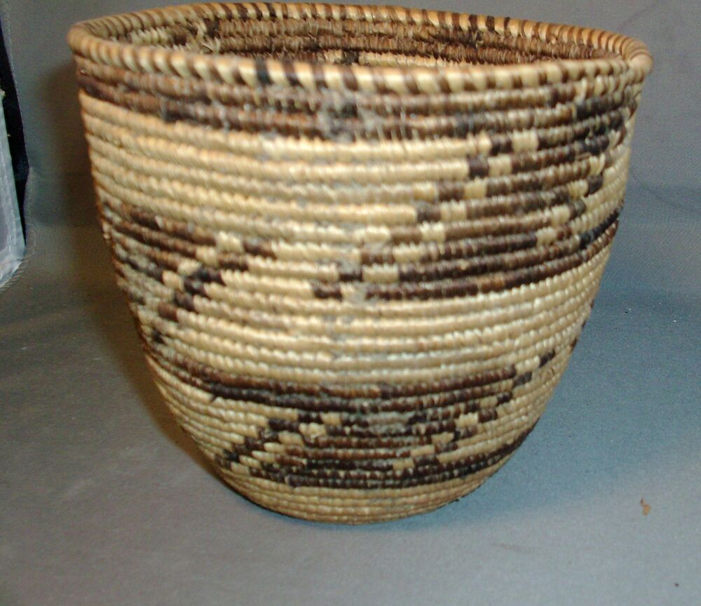 African Baskets: Vintage African Grass Hand Woven Basket Bowl 20th Century