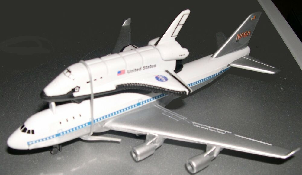 NASA Space Shuttle Enterprise w/ Piggyback Boeing 747 ...