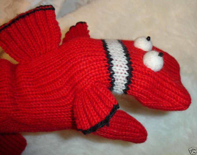 Knitting Pattern For Fish Mittens : BLOW FISH MITTENS knit FLC LINED blowfish ADULT puppet ...