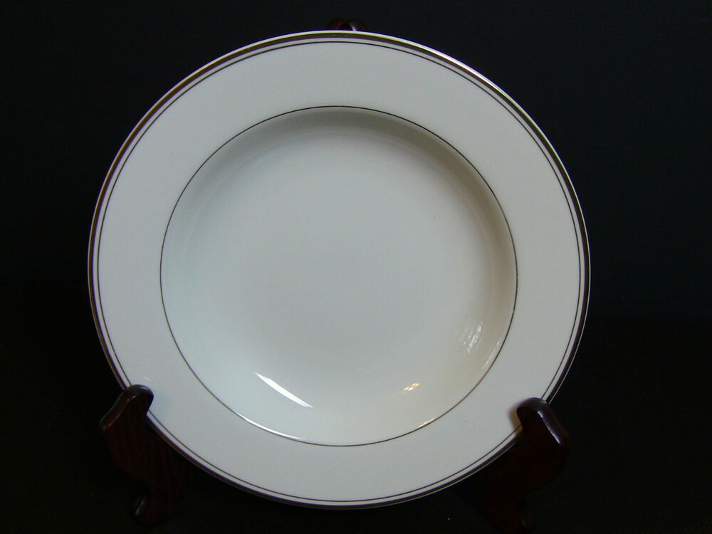 Efineantiques fine porcelain and table of fine porcelain for Mikasa china