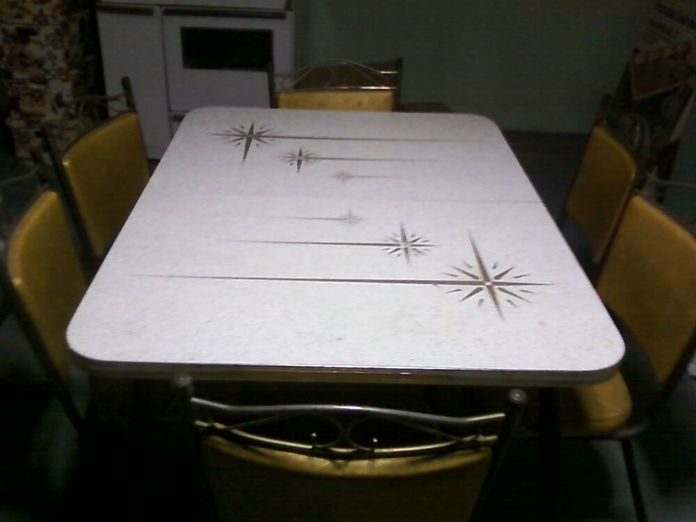 Retro Kitchen Table And Chair Set Dinette Vintage