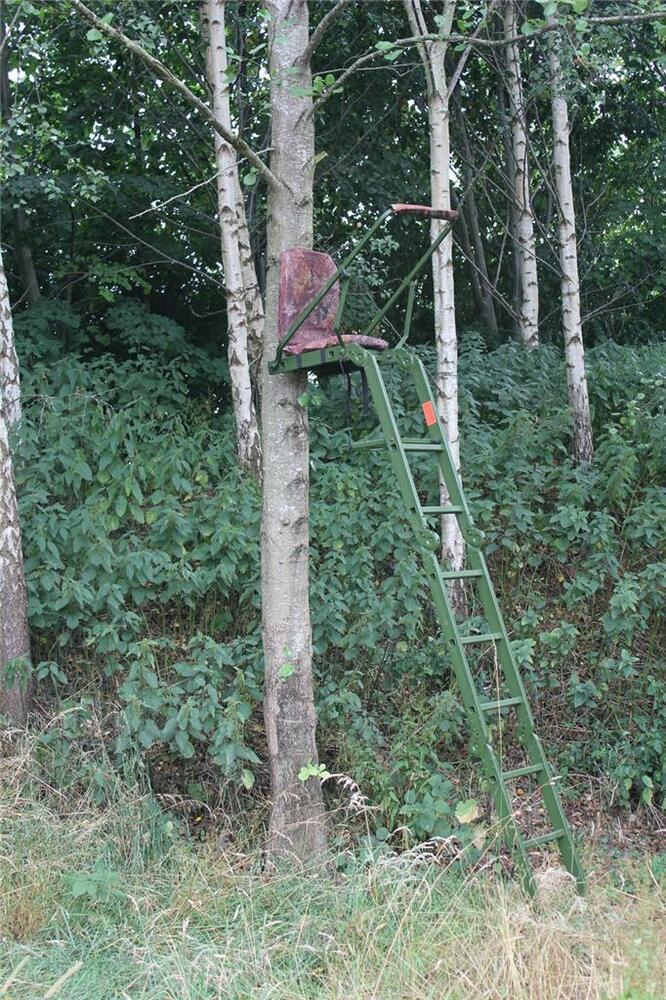 High Quality High Seat Folding Tree Stand Stalking Deer