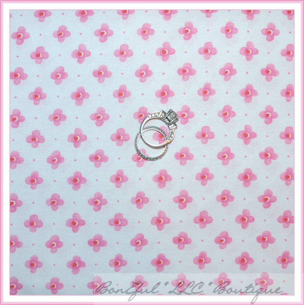 Boneful fabric fq cotton quilt white pink sm flower dot for Nursery fabric