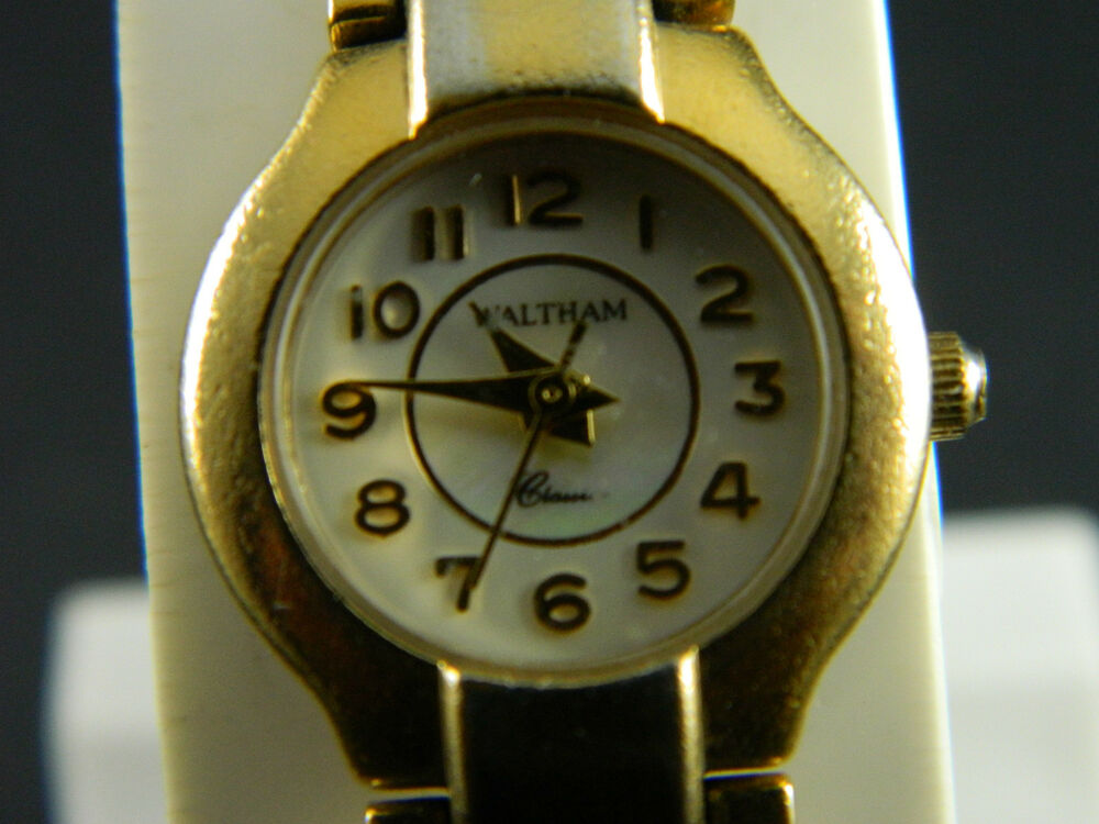 Waltham classic round mother of pearl face ladies watch gold tone band ebay for Pearl watches