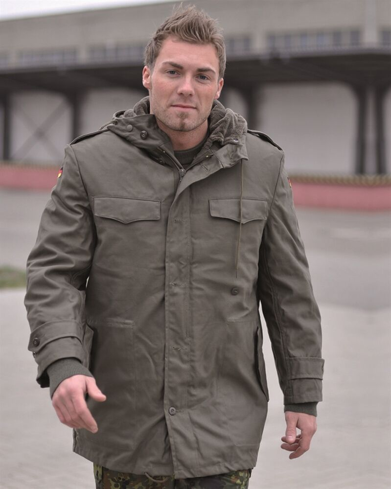 Buy Army, Air Force, and Military Parkas in Many Styles! Shop a wide variety of military parkas at Military Uniform Supply. We carry many military-style parkas for many purposes. We have fur-hooded parkas, camouflage military parkas, gore-tex parkas, heavy insulated parkas, and more.
