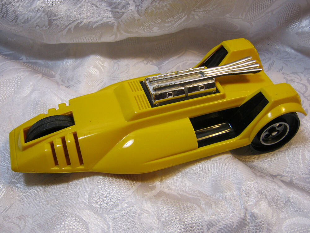 Toy Race Cars : Hasbro yellow race racing vintage plastic toy car s