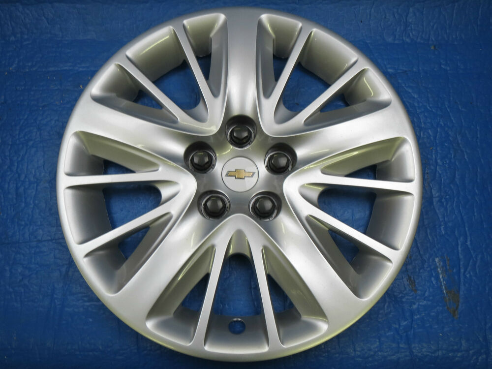 one new take off 18 2014 chevy impala ls hubcaps wheel covers sh2 ebay. Black Bedroom Furniture Sets. Home Design Ideas