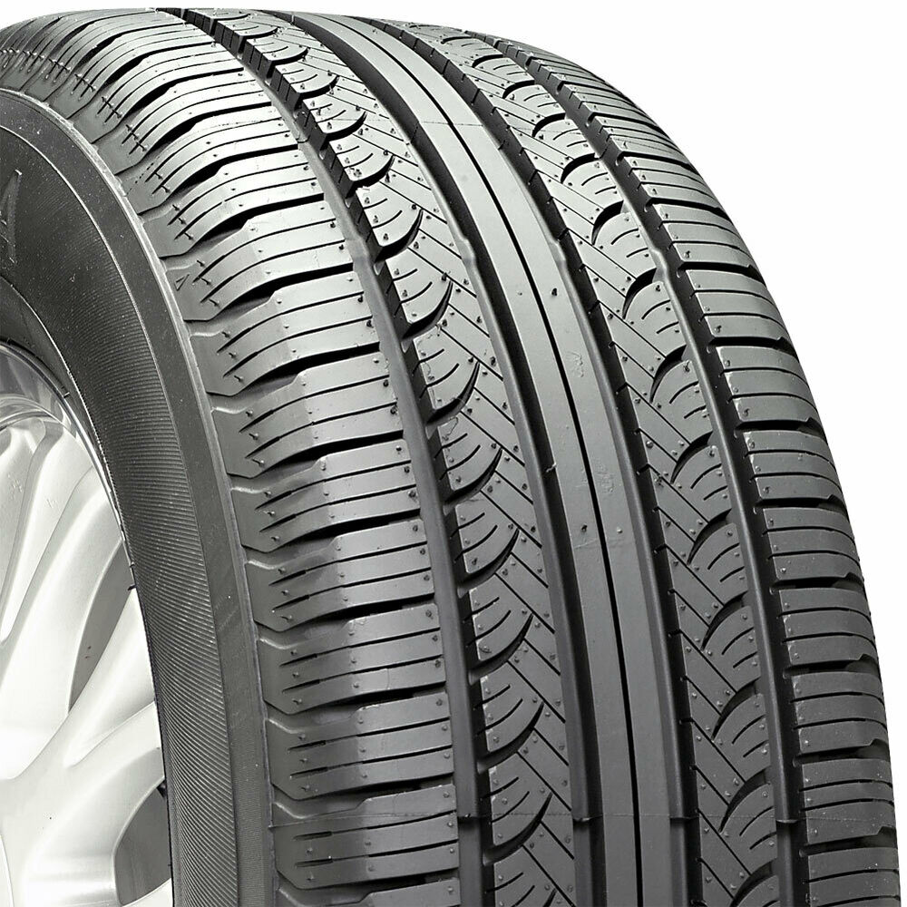 4 new 205 70 15 yokohama avid touring s 70r r15 tires. Black Bedroom Furniture Sets. Home Design Ideas