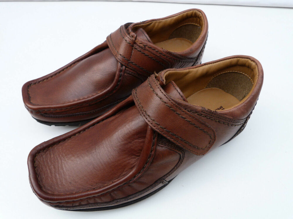 boys ex marks spencer autograph brown leather velcro
