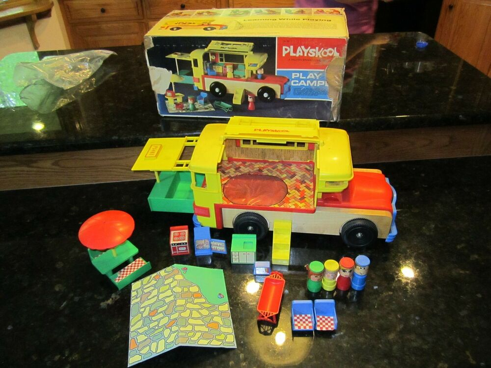 little people family playskool play camper 482 rv box set