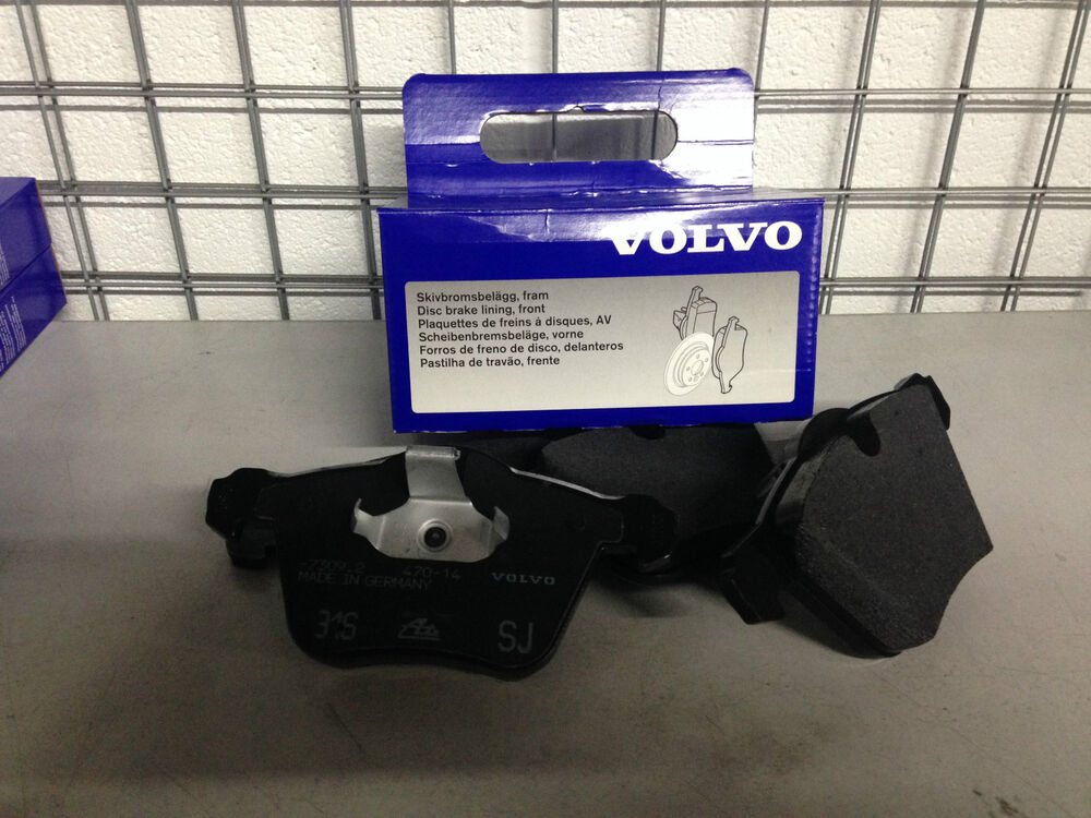 genuine volvo front brake pads new v70 s60 v60 s80 new shape with 300mm discs ebay. Black Bedroom Furniture Sets. Home Design Ideas