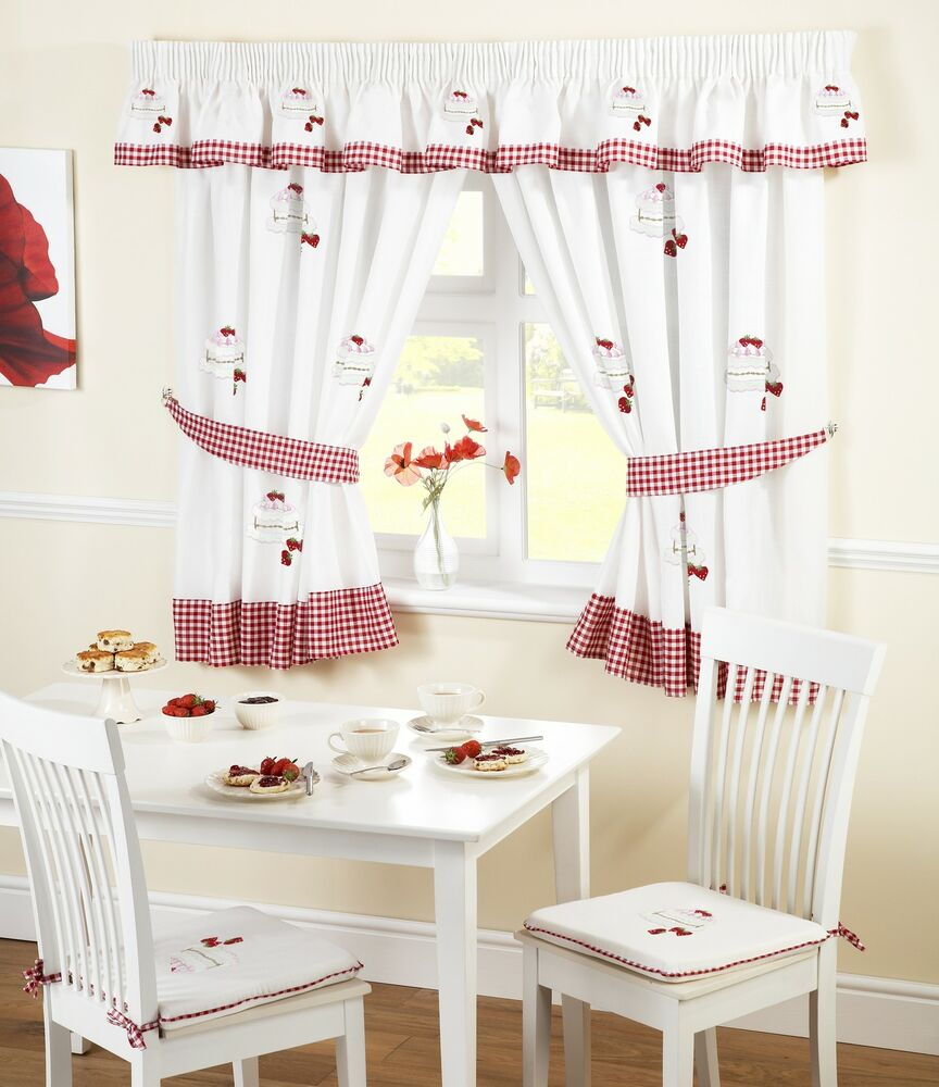 STRAWBERRY SURPRISE RED GINGHAM EMBROIDERED KITCHEN