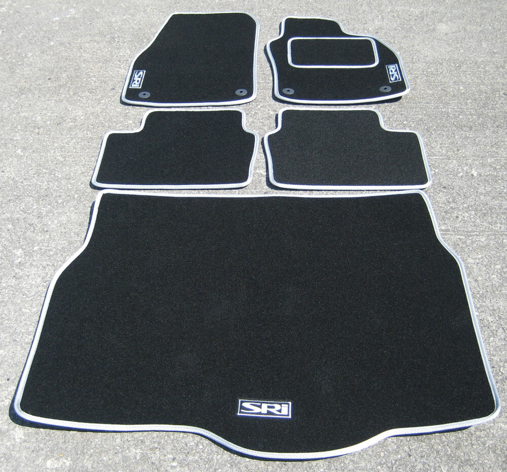 car mats in black silver to fit vauxhall astra mk5 04 09. Black Bedroom Furniture Sets. Home Design Ideas