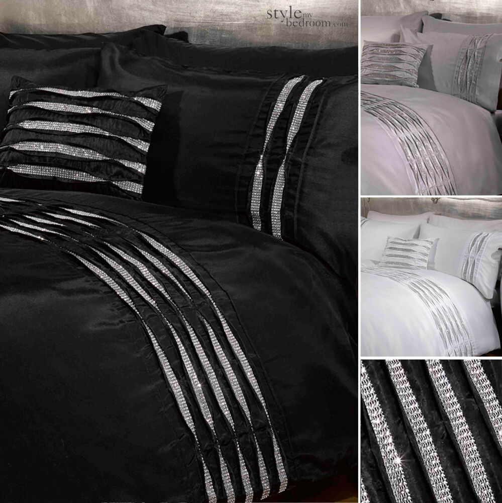 crystal diamante detail duvet quilt cover bedding set white silver or black ebay. Black Bedroom Furniture Sets. Home Design Ideas