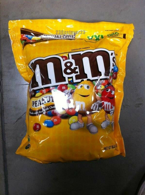 Chocolate Peanut 56 oz Bulk Bag Candy Shell Candies Vending M&M's ...