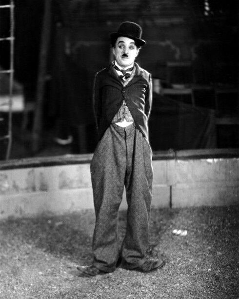 Film Silent Actor CHARLIE CHAPLIN 'The Tramp' Glossy 8x10 ...