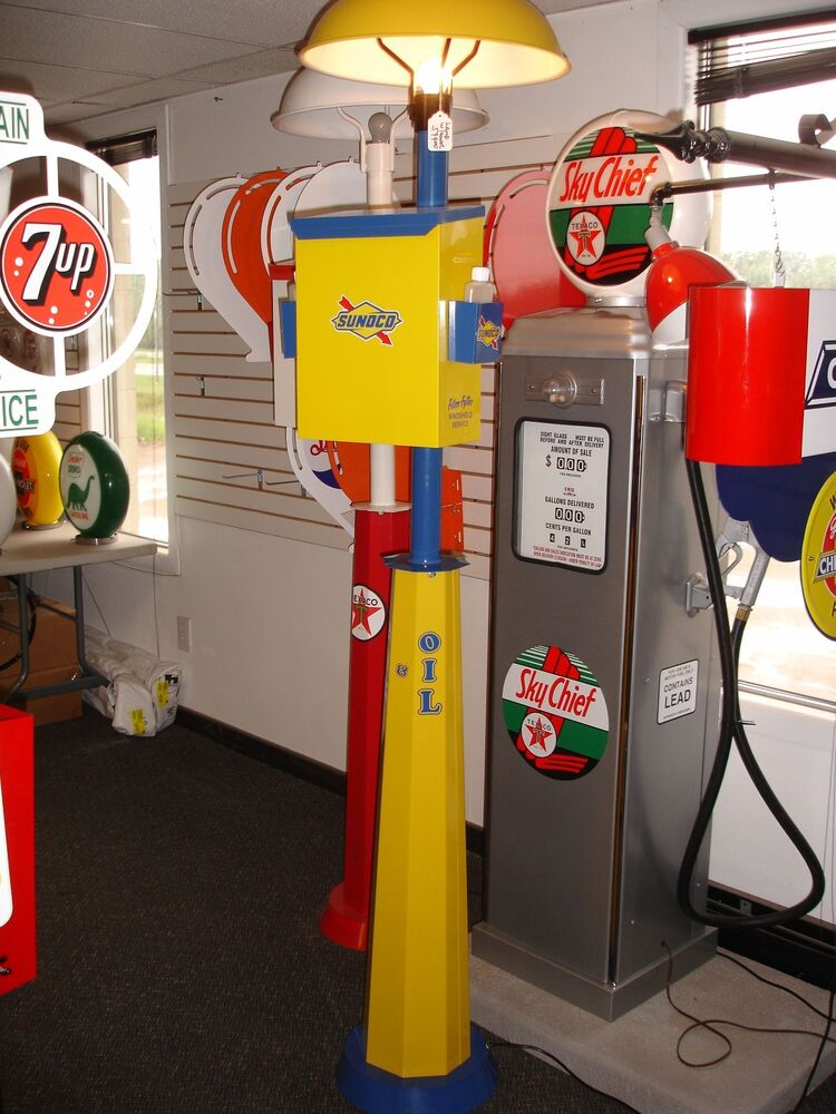 Classic 1930s 1940s 1950s sunoco gas pump station island light with