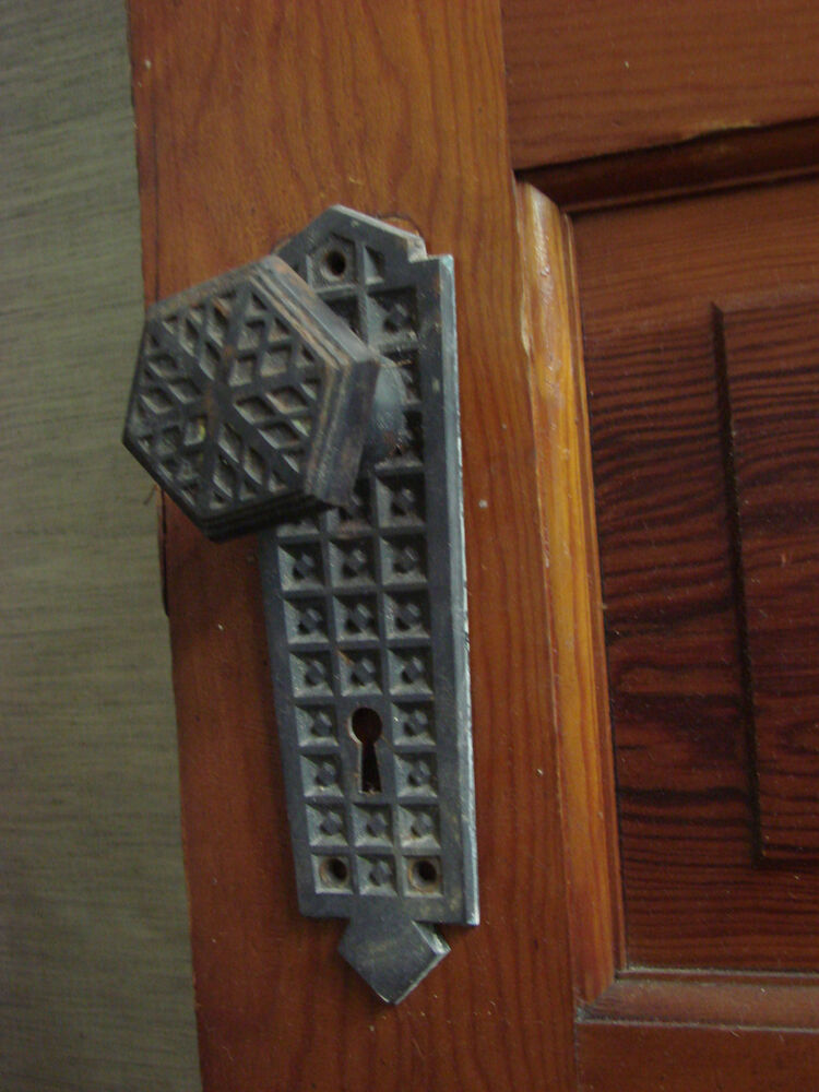 Antique Gothic Victorian Quot Snowflake Quot Door Knobs And Back