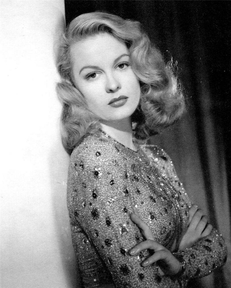 Old Photo Sally Gray - Actress  Ebay-1347