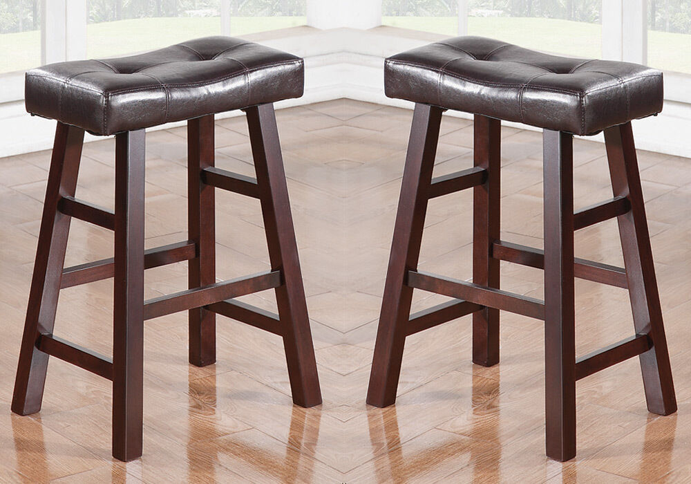 Set Of 2 Dark Cherry Faux Leather Solid Wood 24h Saddle