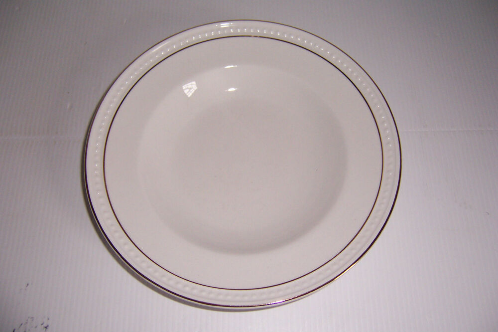 Gibson Housewares China Plates Amp Bowls White With Gold Trim Set Of 12 Ebay