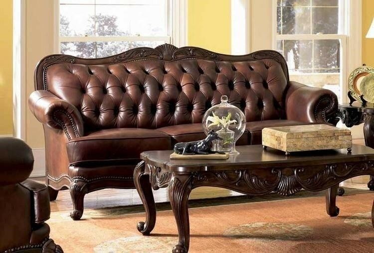 Victoria Traditional Button Tufted 100% Leather Sofa W