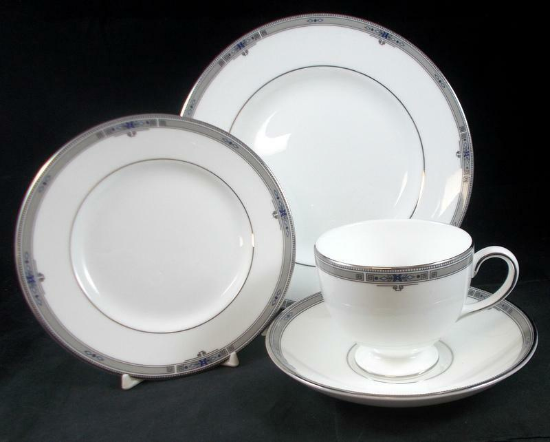 wedgwood amherst dessert set bone china a condition no signs of use ebay. Black Bedroom Furniture Sets. Home Design Ideas