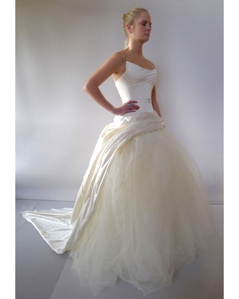 J Aton Couture Wedding Dresses: J'Aton Couture Designer XS 8 Cream Silk Wedding Dress