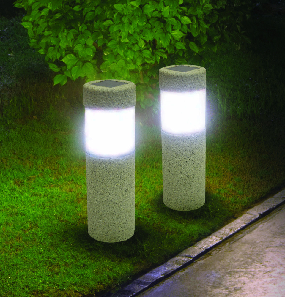 2 solar stone pillar led lights pathway yard accent for Yard accent lights