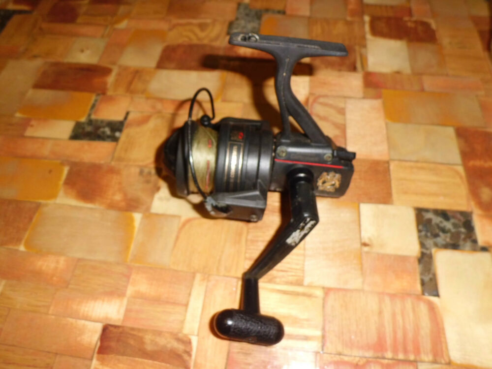 Vintage shimano carbomatic 3000 spinning reel made in for Shimano fishing reel parts