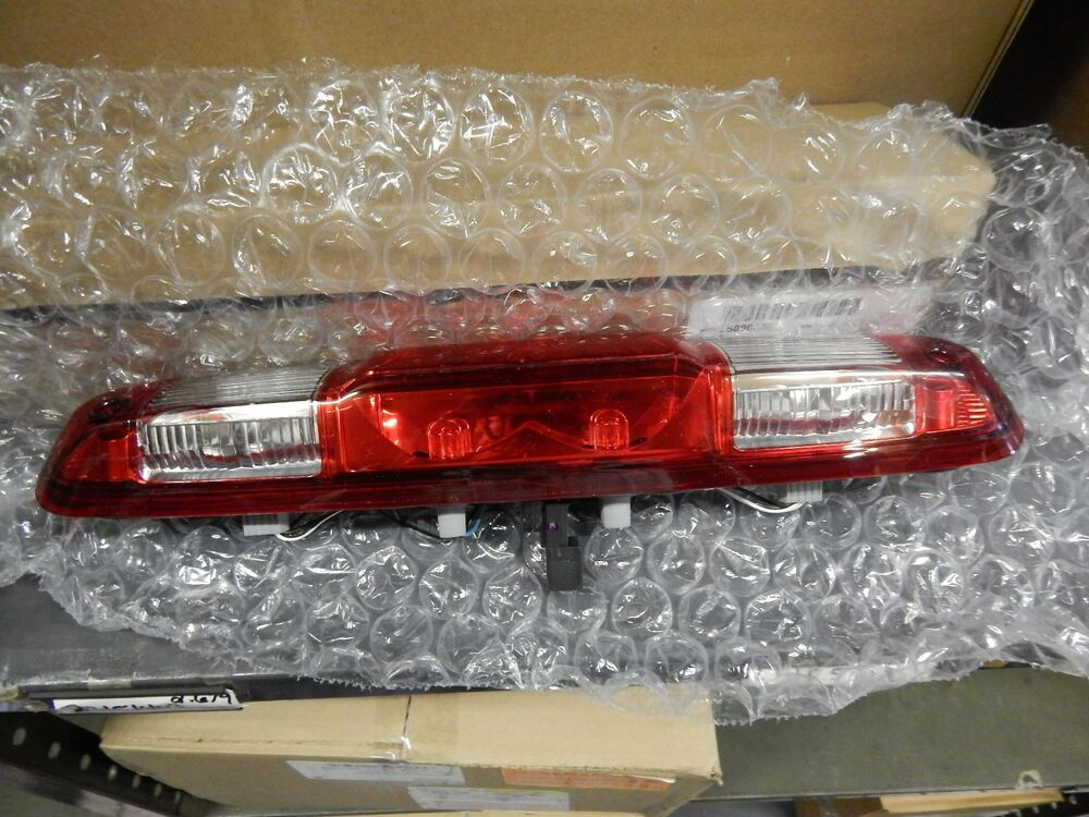 chevy silverado cargo light high mount 3rd brake light cargo lamp 2007 2013 chevy silverado sierra 25890530 fits