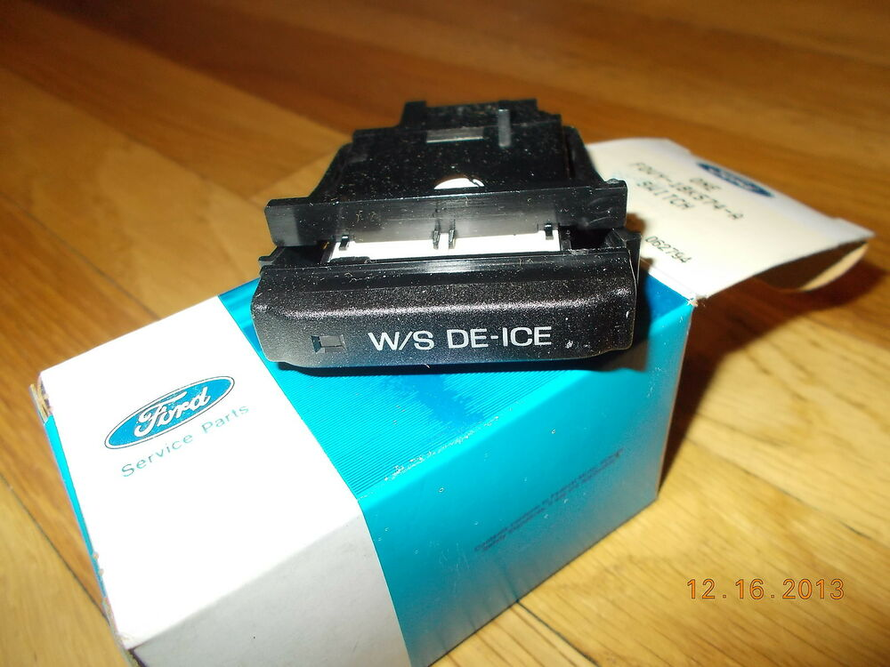 nos 1990 1991 1992 1993 lincoln town car heated windshield switch ebay. Black Bedroom Furniture Sets. Home Design Ideas