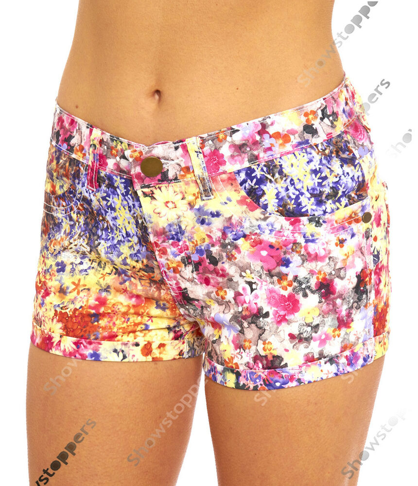 Free shipping & returns on shorts for women at bestsfilete.cf Whether you are looking for high waisted, cargo, bermuda, cutoffs, denim, or more, we have you covered in the latest styles & colors.