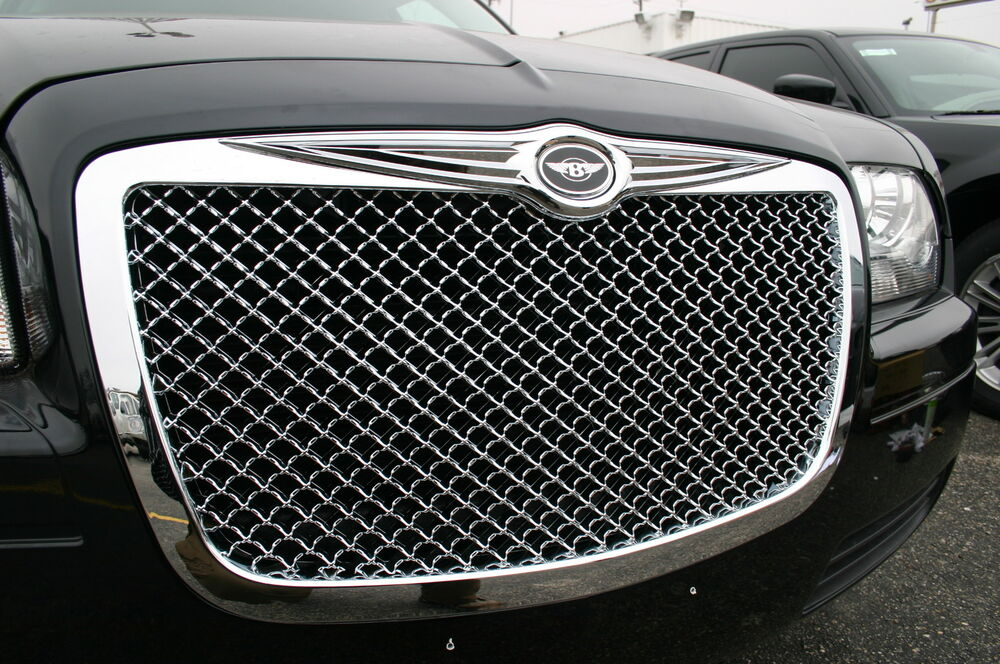 05 2010 Chrysler 300 Chrome Mesh Grille With Bentley