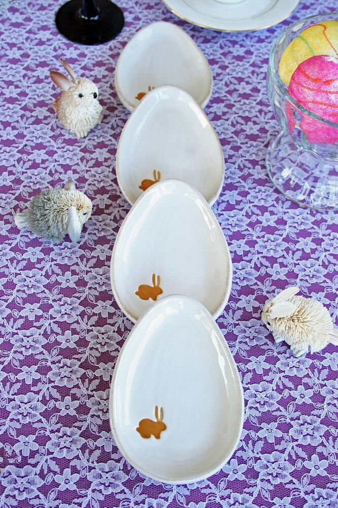 Pottery Barn Mini White Egg Plates Four New Eggs Tra