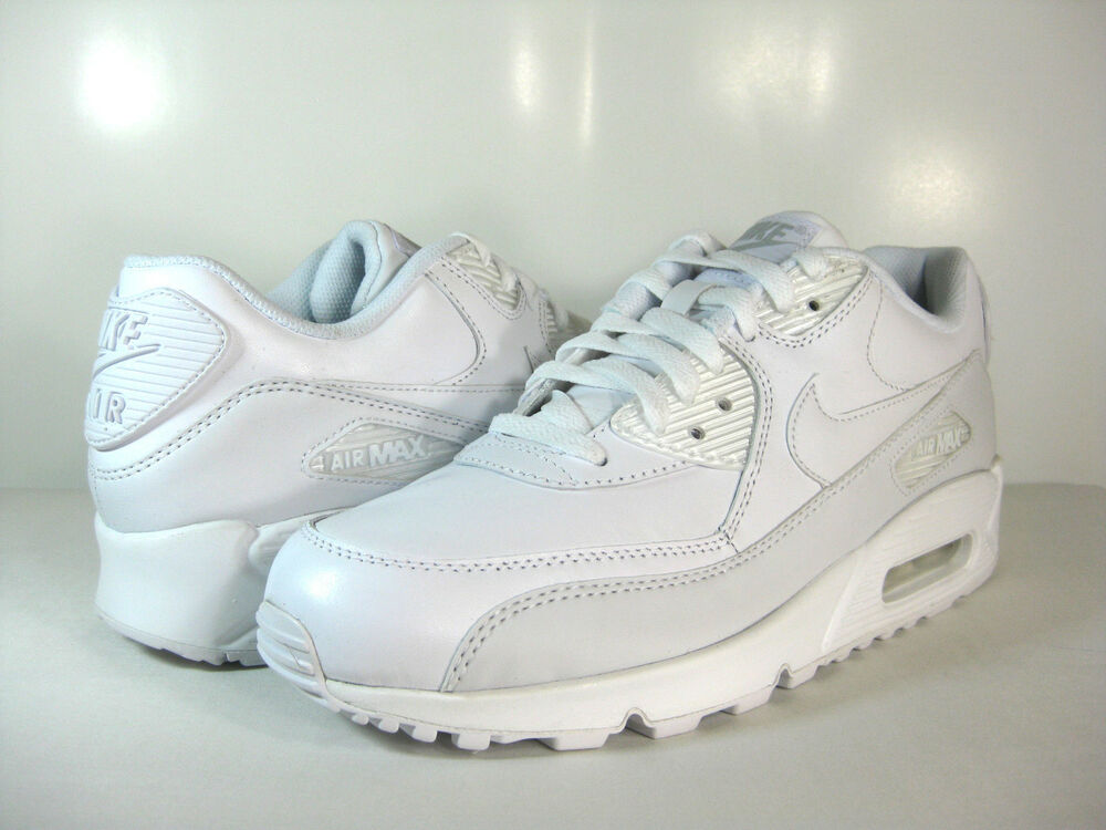 nike mens air max 90 leather white white 302519 113. Black Bedroom Furniture Sets. Home Design Ideas