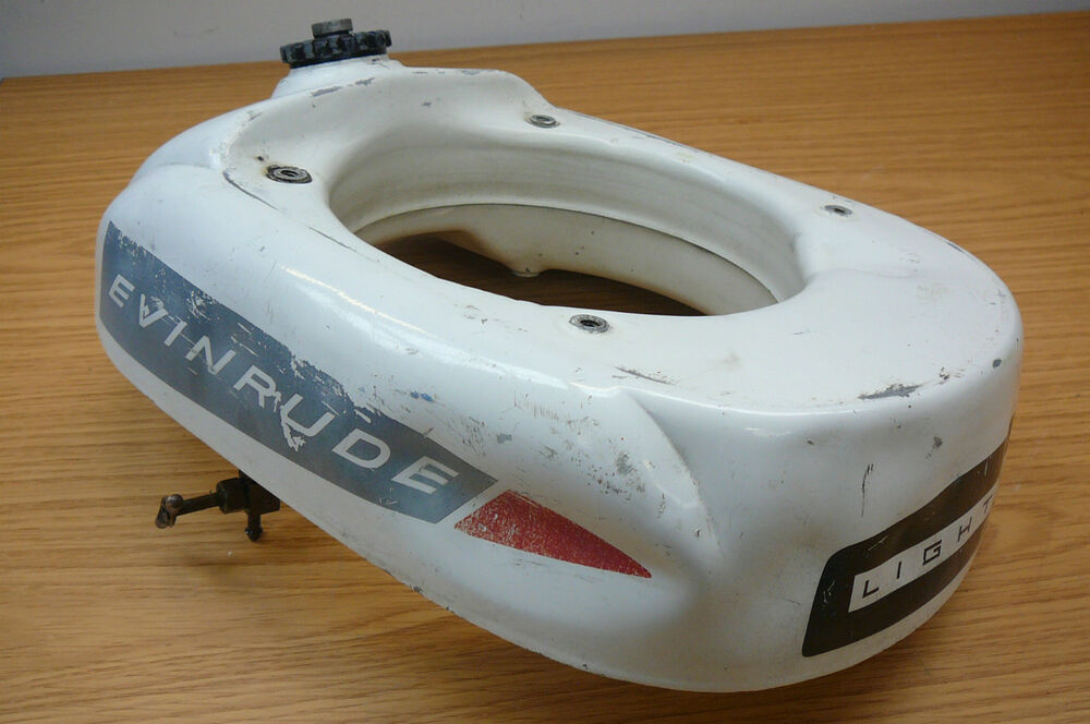 Evinrude lightwin 3hp outboard engine 1954 petrol fuel for Gas tanks for outboard motors