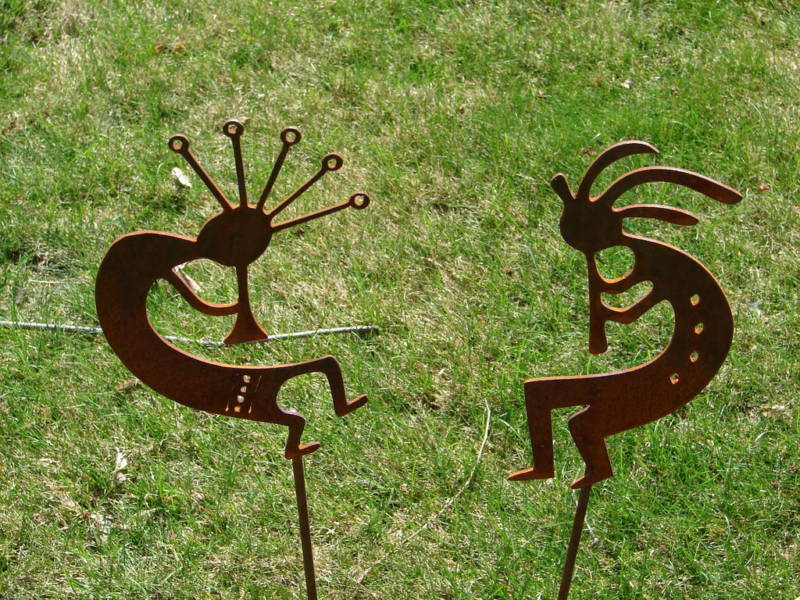 Metal dancing kokopelli garden stakes set yard decor ebay for Lawn and garden decorative accessories