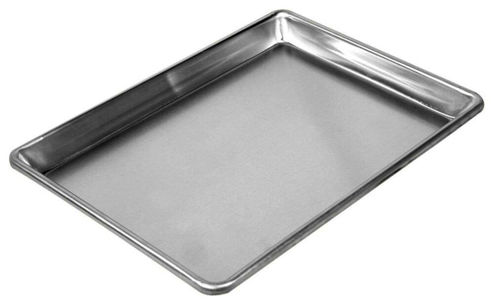 quarter sheet pan dimensions