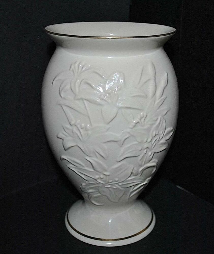 Vintage Lenox Lily Porcelain Cream Flower Vase With Gold