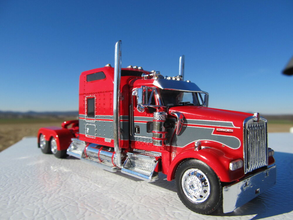 Dcp 1 64 Scale W 900 Kenworth Studio Sleeper Red With Gray